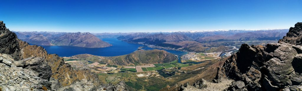 Queens Drive & Lake Alta, Remarkables