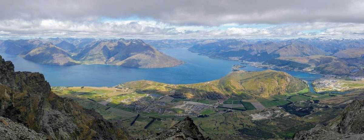 Best Day-hikes in Queenstown, New Zealand