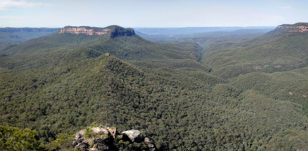 Castle Head and Narrow Neck Plateau, Blue Mountains