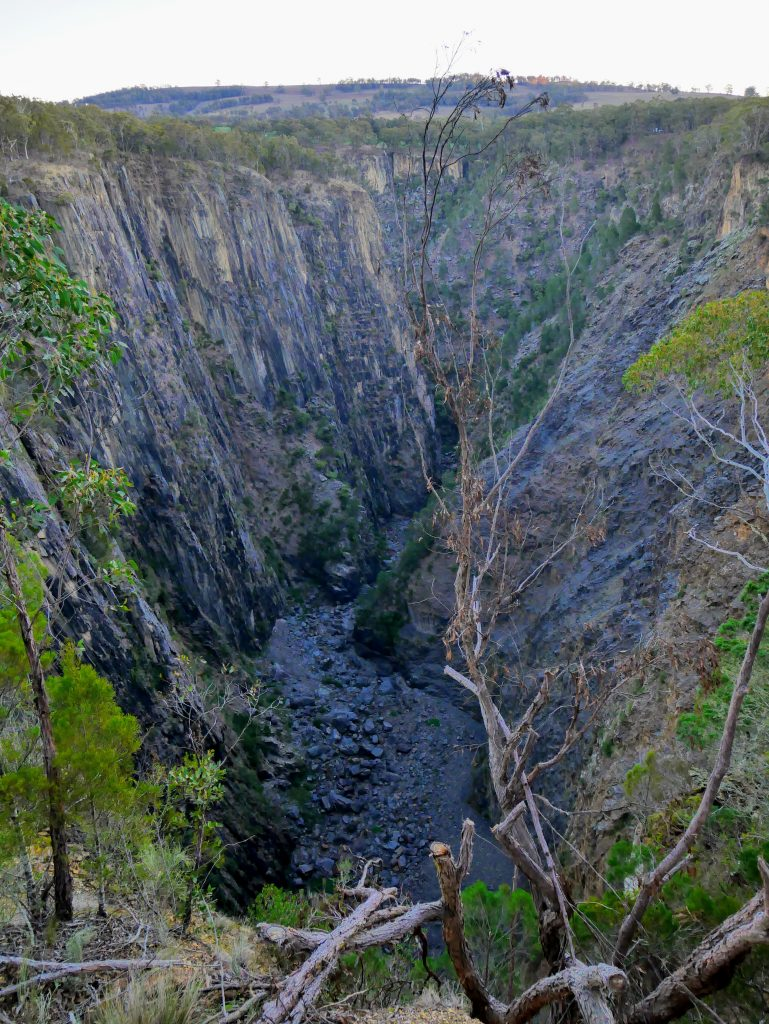 Apsley Gorge Rim Circuit, Oxley Wild Rivers National Park