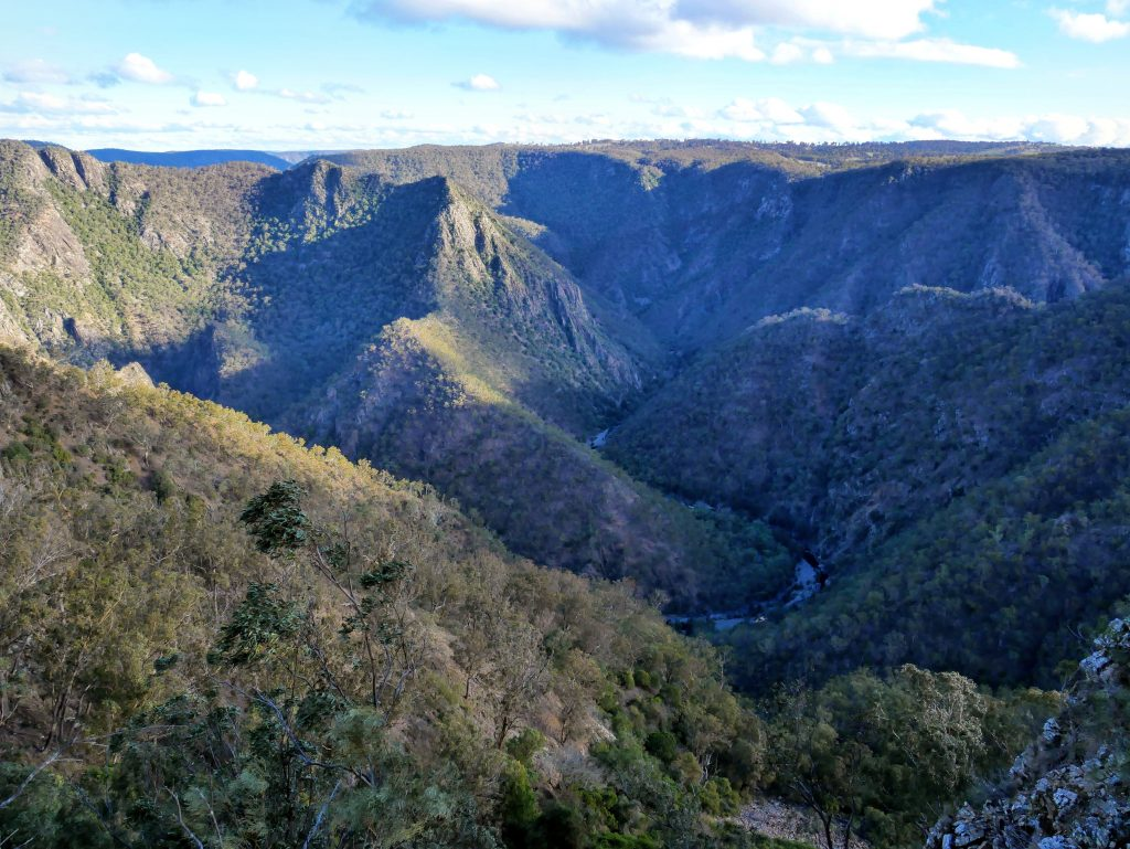 Wollomombi & Chandler walking tracks, Oxley Wild Rivers National Park