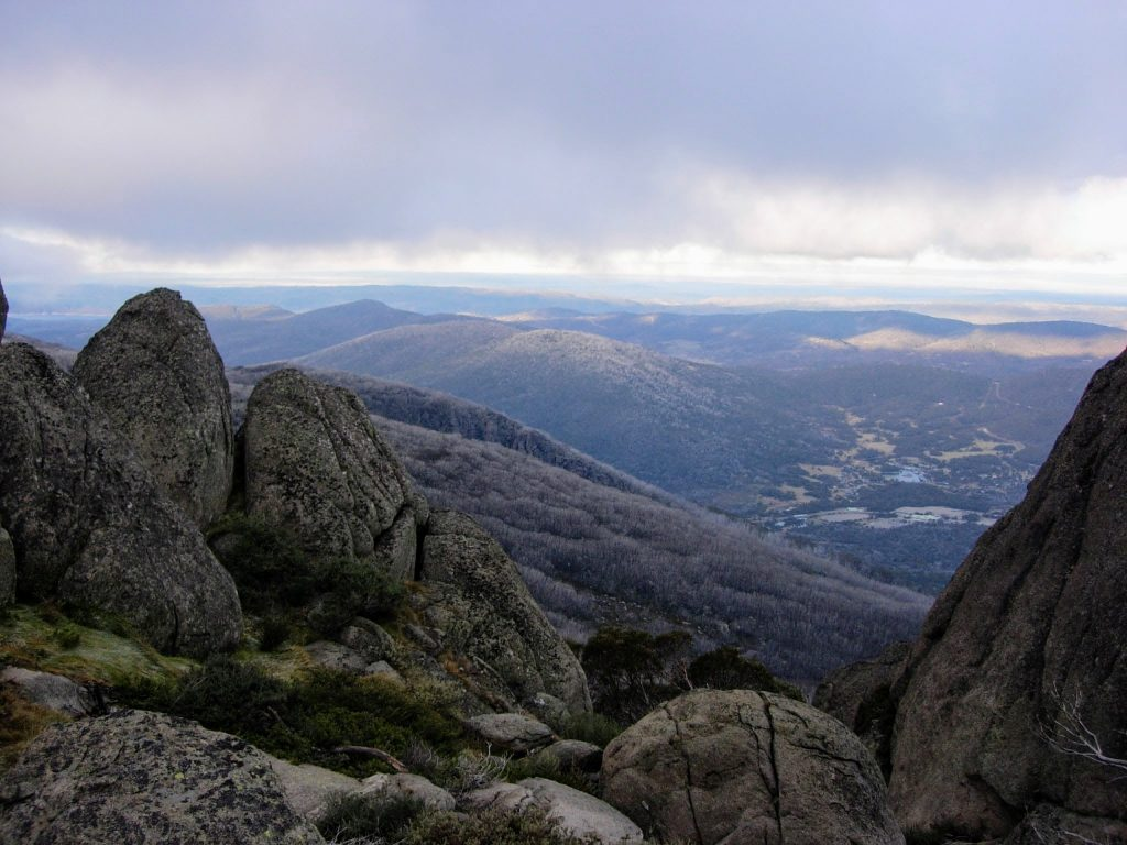 Porcupine Rocks, Mt Duncan & Mt Wheatley
