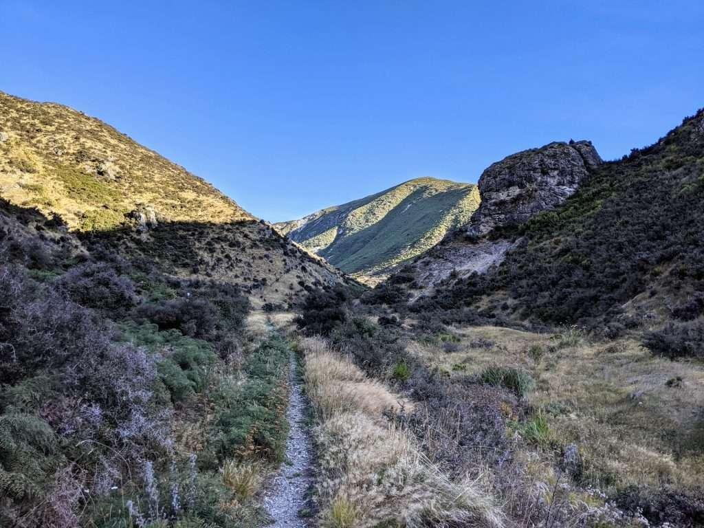 Trig M via Coach Stream Track, Korowai-Torlesse Tussocklands Park