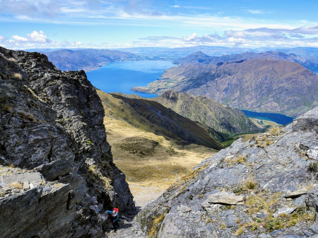 Sentinel Peak ascent, Lake Hawea